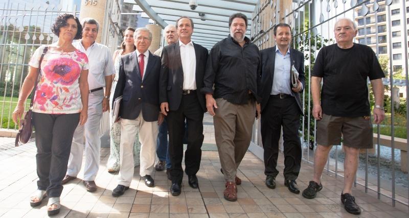 Nacionales acceso al contrato ypf chevron paralelo 28 for Clausula suelo oficina directa