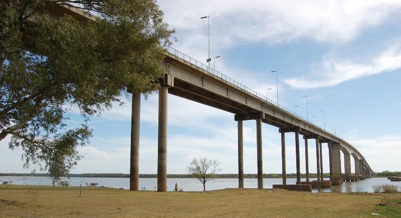 Puente Internacional Artigas