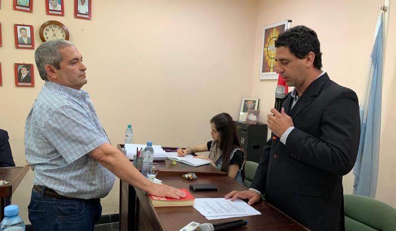 Concejal Miguel Masaro (FPCyS) toma juramento